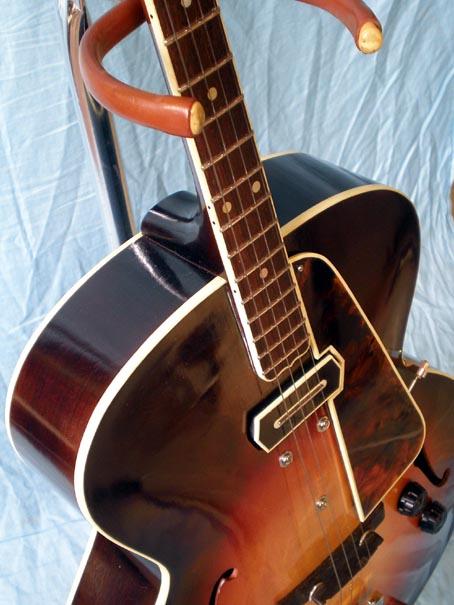 features tenor guitar new vintage guitars. Black Bedroom Furniture Sets. Home Design Ideas